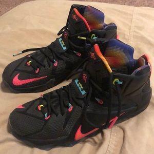 Lebron 12's Basketball Shoes